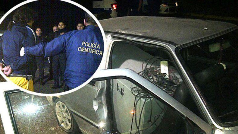 Siete encapuchados robaron una caja fuerte: el detenido llevaba el botín en un Fiat Uno