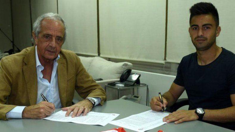Gonzalo Martínez renovó hasta 2020