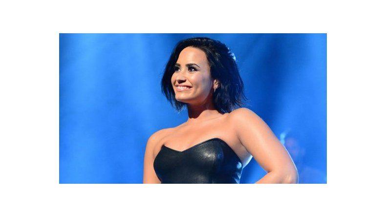 Demi Lovato, muy interesada en un galán argentino