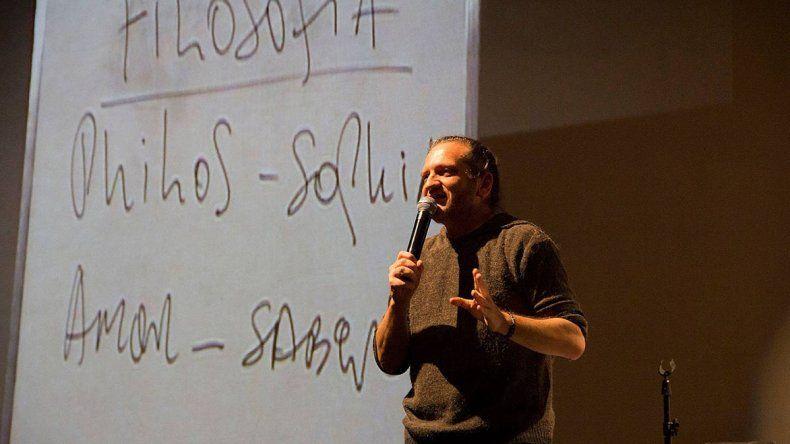 El filósofo Darío Sztajnszrajber regresa a Comodoro Rivadavia. Esta vez a la Expo Industrial.