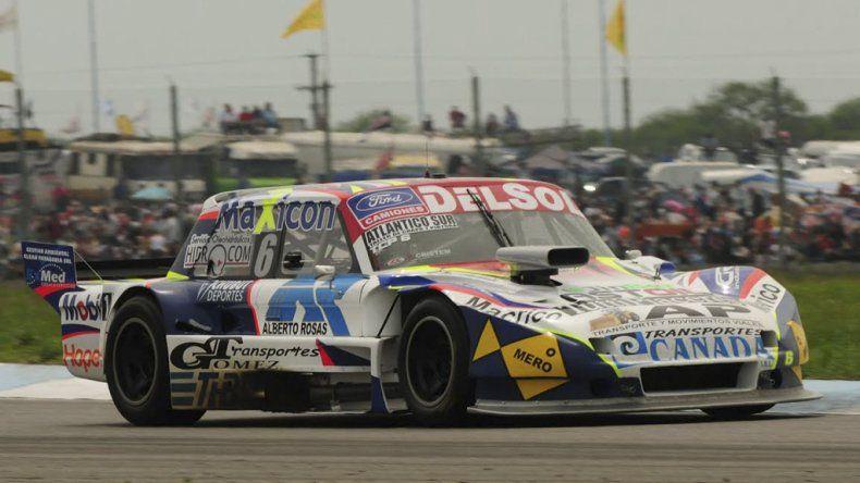 El Ford de Marcelo Agrelo que se ubica noveno en la Copa de Plata del TC Pista.