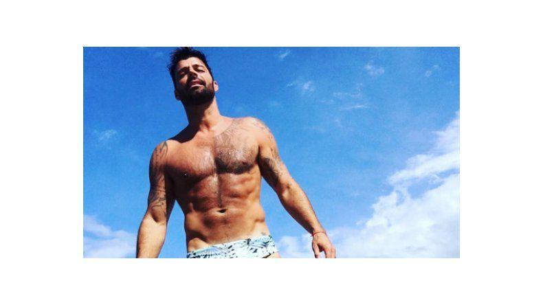 Ricky Martin levantó temperatura con una foto de su lomazo