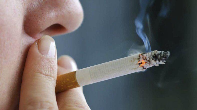 El Gobierno prorrogó los beneficios impositivos para los cigarrillos