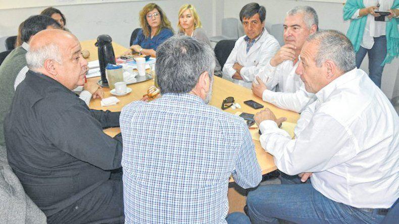 El encuentro que el ministro de Salud mantuvo con autoridades municipales.