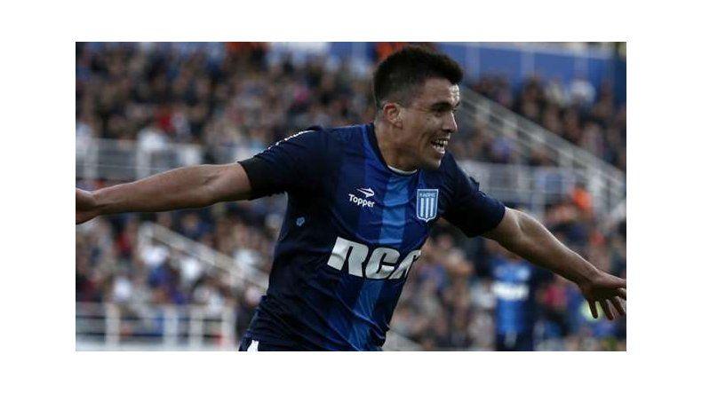 Marcos Acuña viene de sumar sus primeros minutos en la selección argentina.