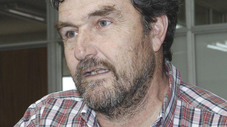 Roque González promueve la consolidación de un nuevo centro de estudios políticos y sociales.