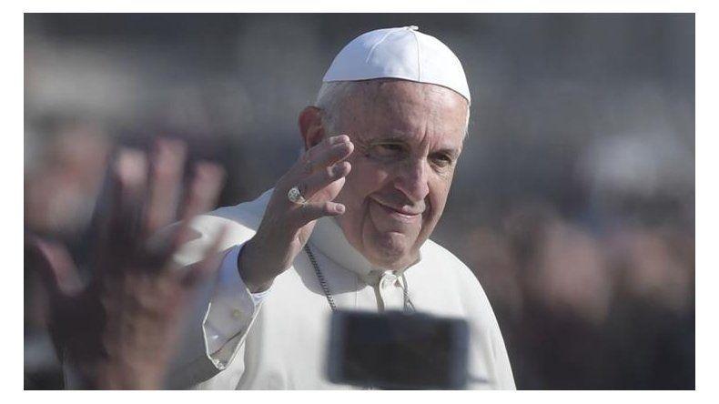 Histórico: el Papa autoriza a sacerdotes la absolución indefinida del aborto