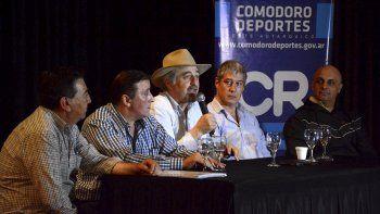 Autoridades y referentes de distintos sectores presentaron el proyecto Actividades de Verano en la Ciudad.