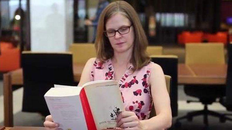 Le pagan a una mujer más de 1.000 euros por leer un libro