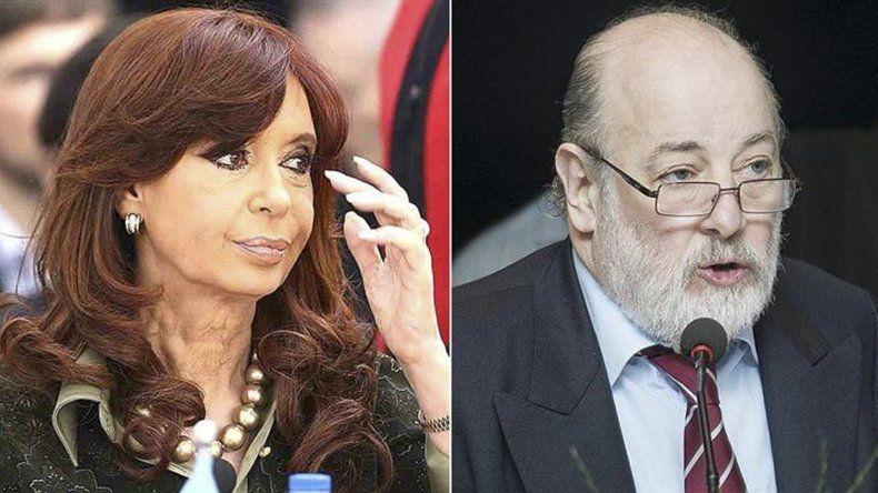 Cristina y Bonadío se verían las caras el martes en Comodoro Py.
