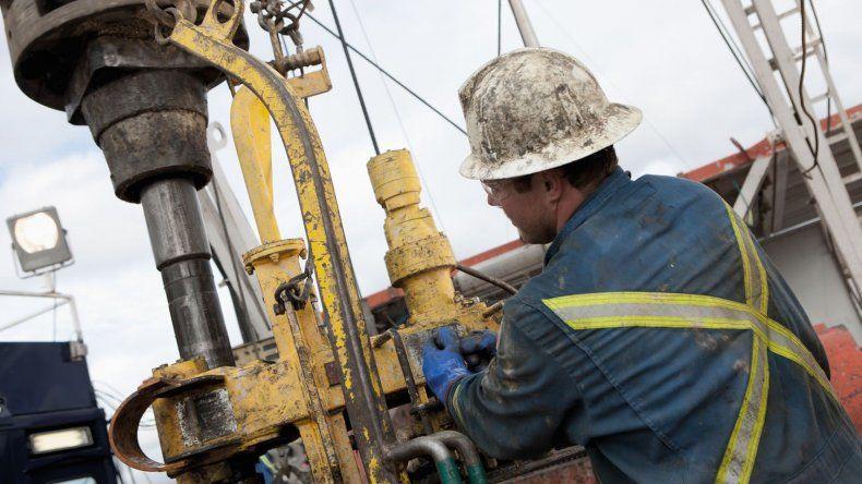 Dirigentes sindicales de las provincias productoras de petróleo participarán del cónclave que se desarrollará mañana en Rawson.