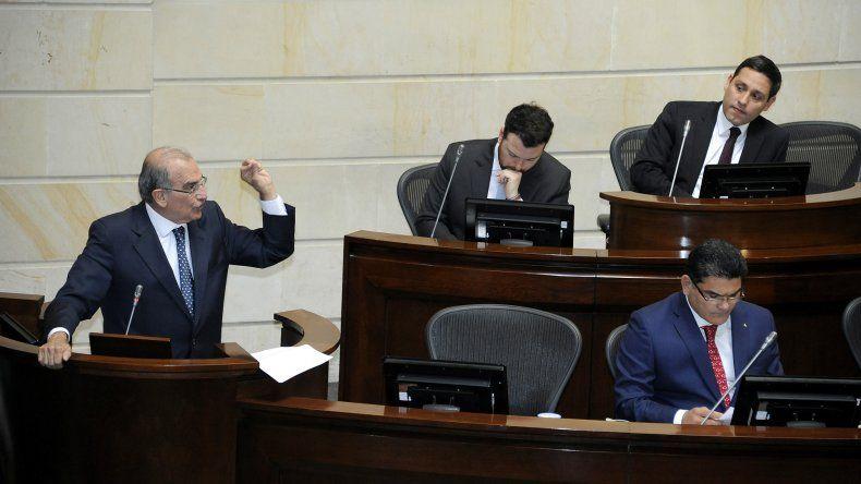 Debate en el Congreso del nuevo acuerdo con las FARC.