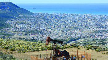 La industria hidrocarburífera vive su día en medio de una de sus crisis más graves