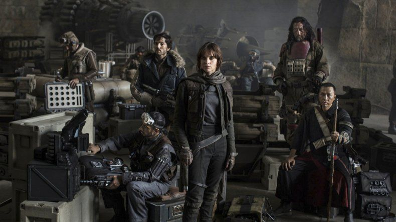 Felicity Jones es la protagonista principal de Rogue One una historia de Star Wars