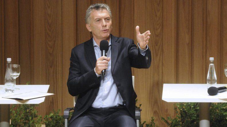 Un 45% considera que Macri cumplió pocas de sus promesas de campaña