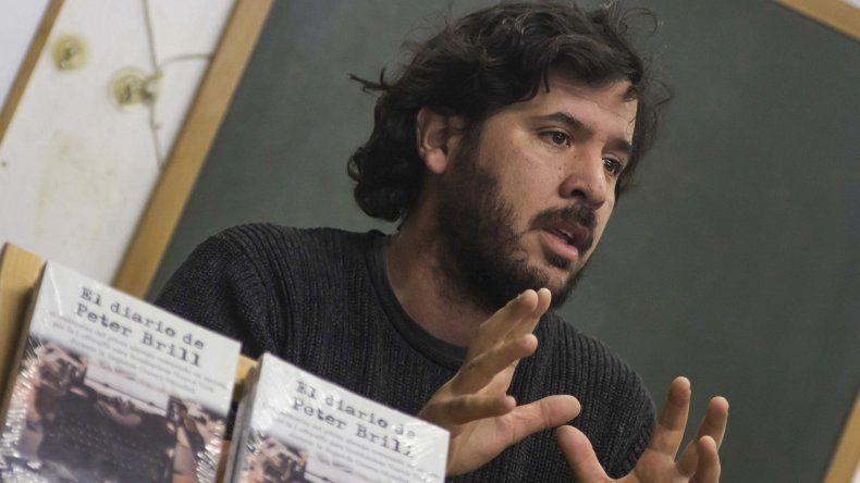 El cineasta argentino Laureano Clavero es el autor de El diario de Peter Brill
