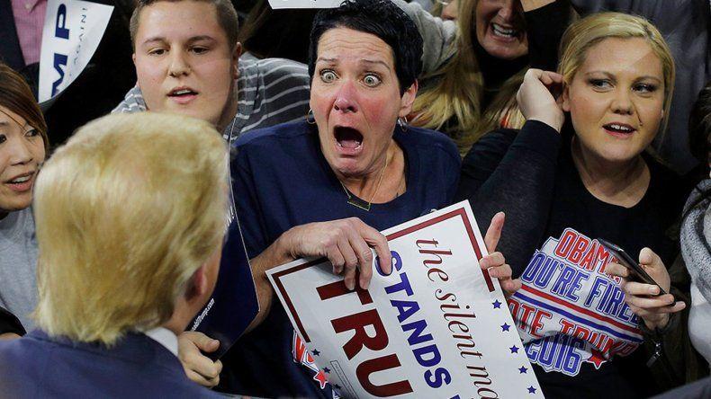 Una seguidora del republicano Donal Trump