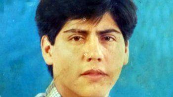 A Luis Leonardo Díaz lo mataron el 5 de abril de 2009. Un testimonio abonó la hipótesis que embanderó la policía para decir que fue atropellado por un vehículo, pero según su familia lo mataron a golpes y le robaron el teléfono, del que la Fiscalía no ha pedido informes.