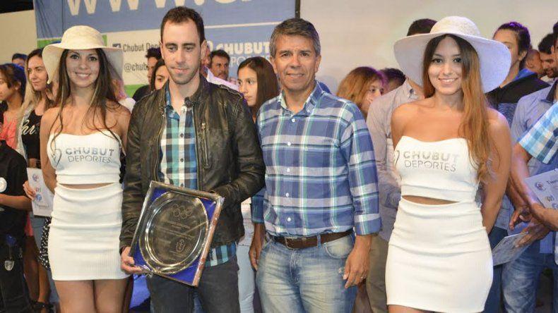 El ciclista Eduardo Sepúlveda fue otro de los premiados la noche del jueves.
