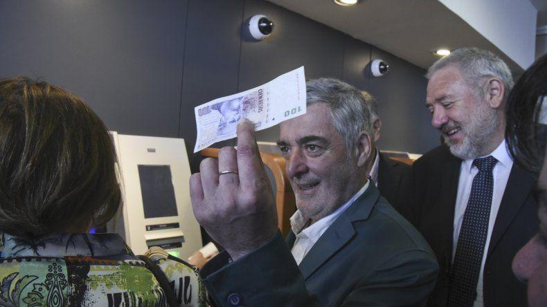 El Banco de Chubut ya cuenta con un renovado servicio de cajeros automáticos en su sucursal céntrica.