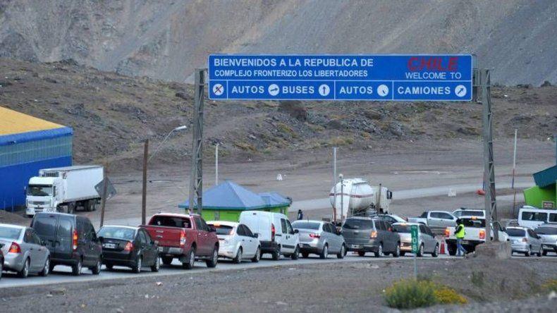 Aduaneros chilenos comenzaron un paro de 48 horas