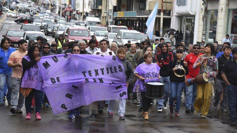 Trabajadores de Guilford  marcharon por el centro