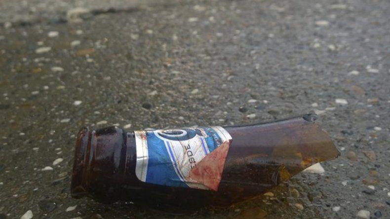 El cuello de botella de cerveza roto que Morelli utilizó para cortar a la anciana y robarle la cartera.