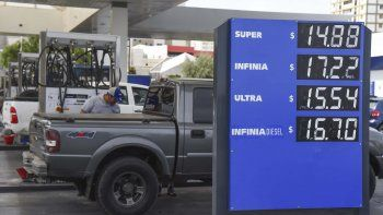 Los combustibles sufrieron un incremento del 8% el jueves y para abril se anuncia otro ajuste.