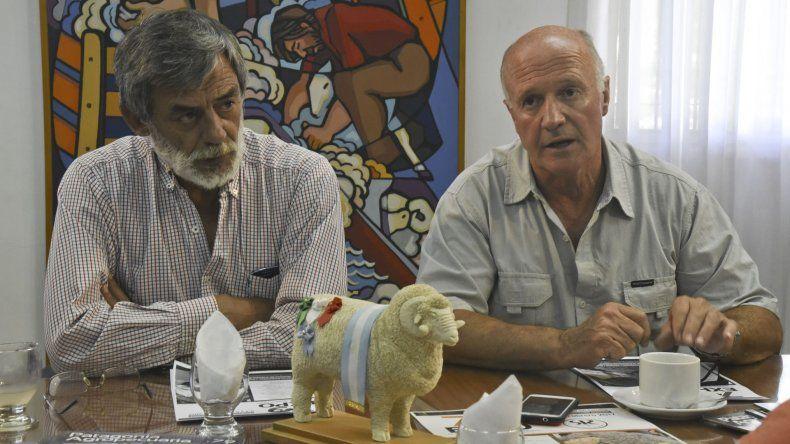 Federico Pichl y Enrique Grandt lamentaron que la sequía en los campos de Chubut es muy grave y afecta seriamente a los productores.