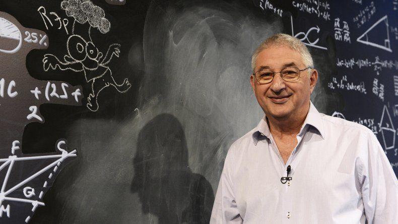 El matemático Adrián Paenza será una de las novedades en literatura infantil para este año.