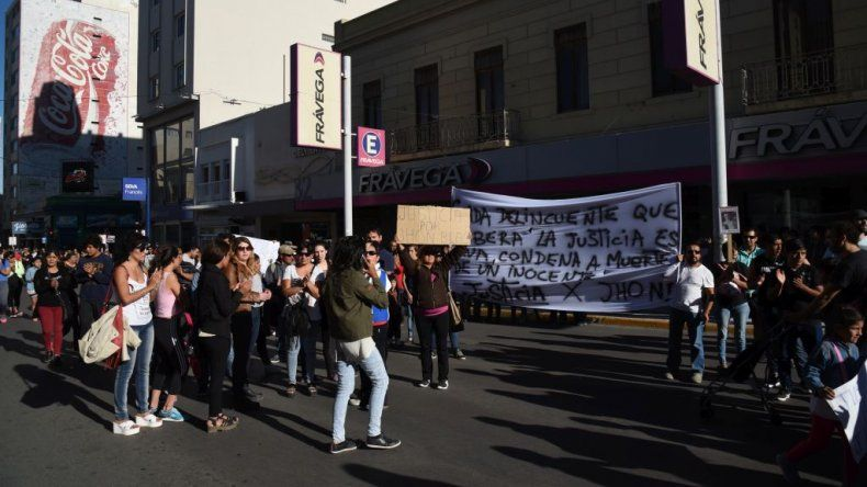 Marcharon por más de cinco horas 500 personas para pedir seguridad