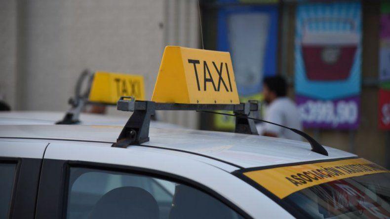 Los taxistas piden un 37 por ciento de aumento en las tarifas