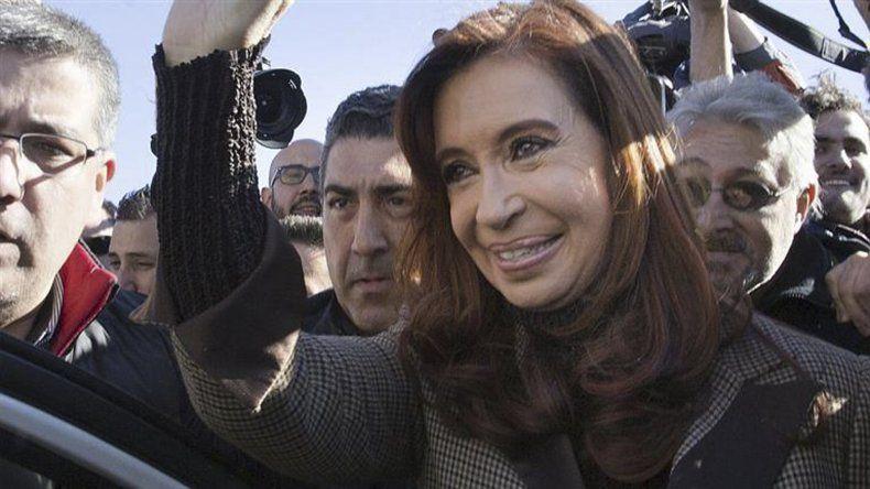 Ordenan avanzar con medidas de prueba por la denuncia de Nisman contra Cristina
