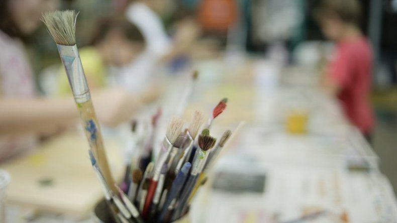 Distintas propuestas artísticas presenta para este mes el Taller de Arte municipal de Rada Tilly.