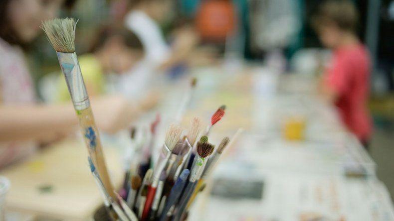 El taller de arte municipal de Rada Tilly abrió inscripción para las propuestas de febrero
