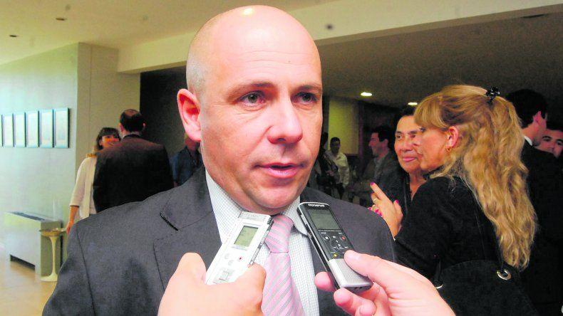 Por el cierre de la fábrica San Lorenzo,  Sastre cuestionó las políticas nacionales
