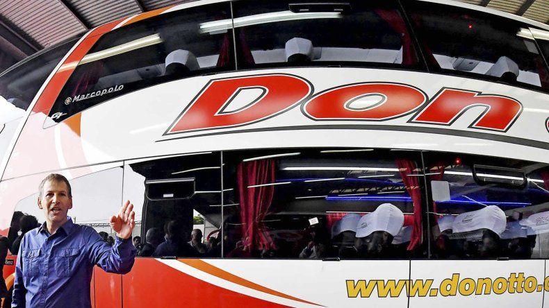 La empresa Don Otto presentó ayer las cuatro unidades que incorporó a su flota para cubrir trayectos en la Patagonia.