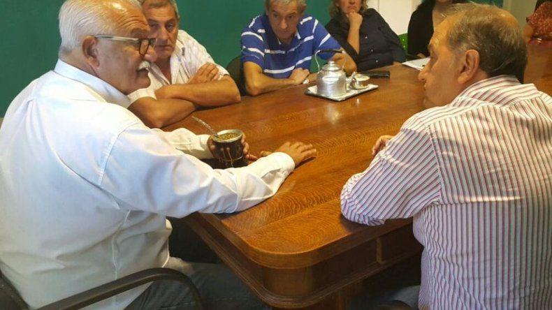 Linares y Britapaja se reunieron por el acueducto