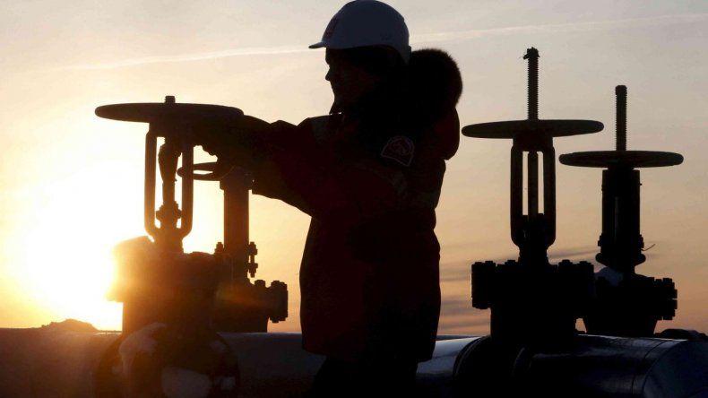 Cayó el 7,7% la producción de petróleo entre enero y agosto