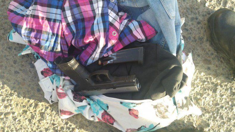 Detienen a Brenda Vargas por amenazar de muerte a un hombre con un arma