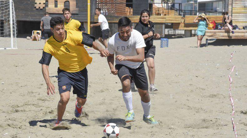 Con saldo positivo la UNPSJB concluyó su 1ª edición de fútbol playero.