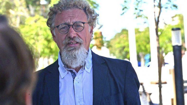 Alfredo Luenzo les reprochó a los secretarios Administrativo y Parlamentario del Senado brindar información errónea.