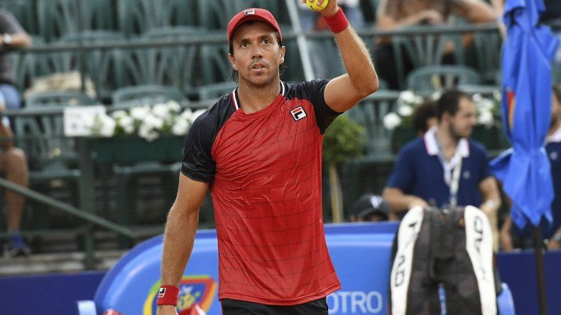 Carlos Berlocq superó al esloveno Kovalik y le espera un duro cruce ante Ferrer por los octavos de final del Argentina Open.