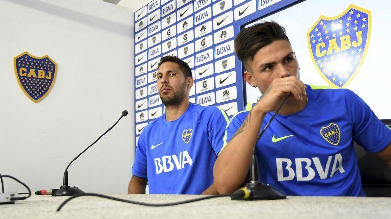 Juan Manuel Insaurralde y Jonathan Silva tuvieron que ofrecer una conferencia de prensa tras el papelón que protagonizaron.