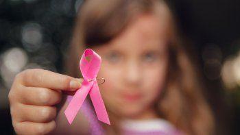 Por falta de oncólogos infantiles