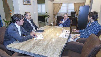 El gobernador recibió en la Casa de Chubut de Buenos Aires a los directivos de Petroquímica.