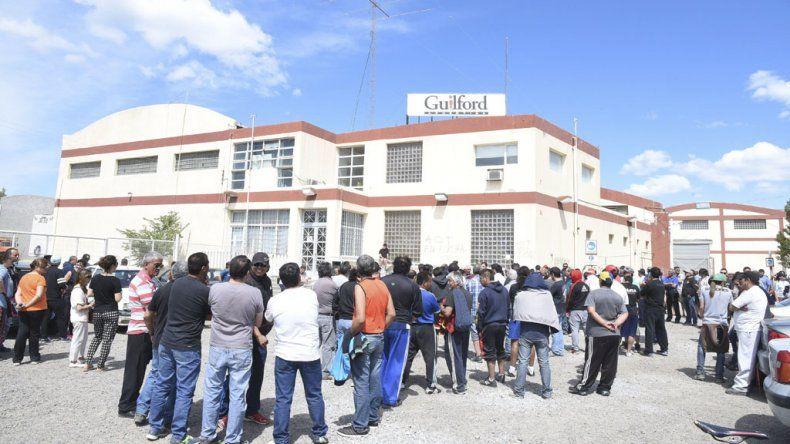 Tras el despido de los trabajadores de la textil Guilford y la crítica situación que atraviesan para lograr el pago de las indemnizaciones