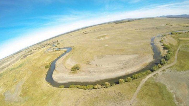 Por la sequía en el Lago Musters cerrarán canales de riego a productores