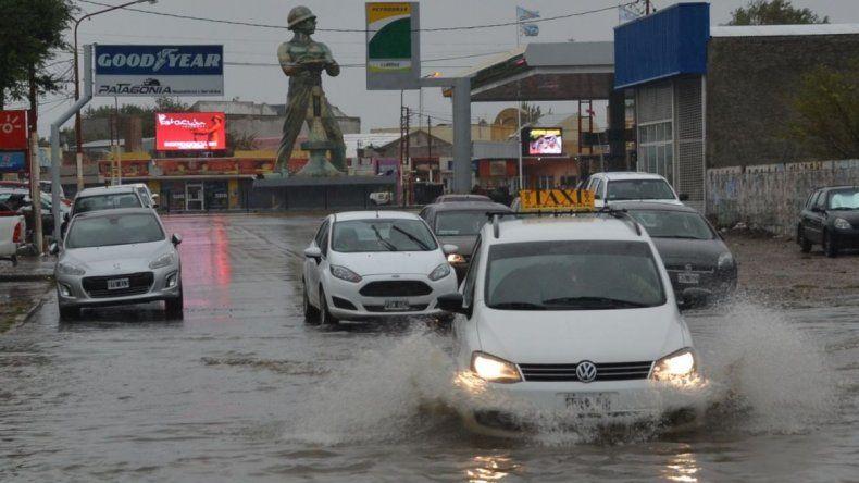 Caleta soportó el temporal pero persiste el alerta meteorológico