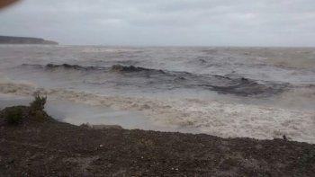 Confirmaron el derrame de petróleo en Caleta Córdova
